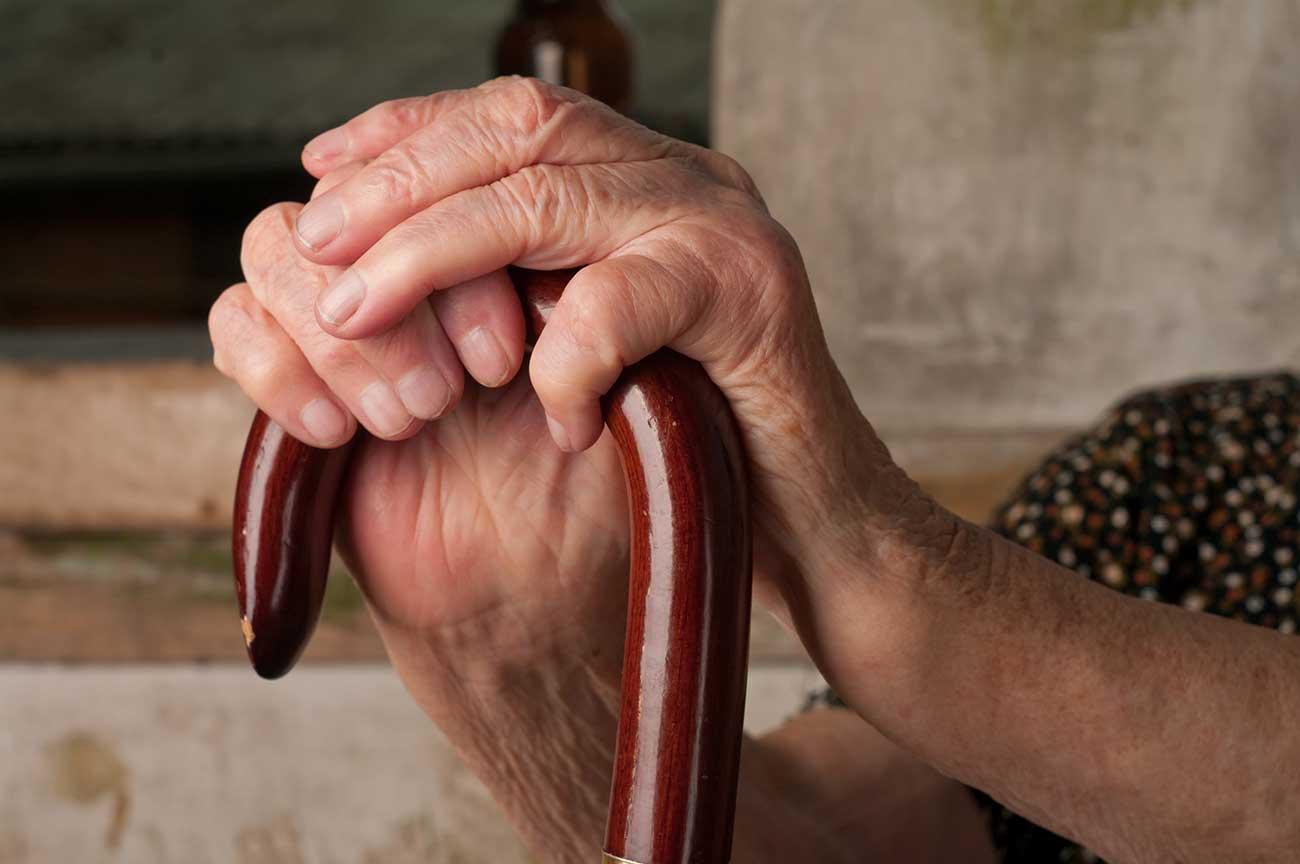 Altersgerechtes Wohnen, Pflegeeinrichtung, Pflegebedarf