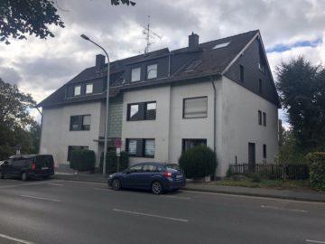 Renovierungsbedürftige Dreizimmerwohnung in Bergisch-Neukirchen, 51381 Leverkusen / Bergisch Neukirchen, Etagenwohnung