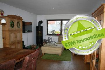 Gepflegte Doppelhaushälfte für die kleine Familie in Reusrath! Provisionsfrei für den Käufer, 40764 Langenfeld (Rheinland), Doppelhaushälfte
